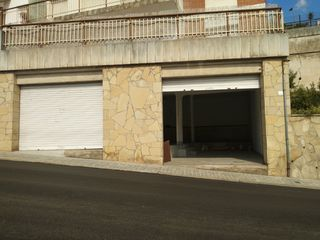 Location Local commercial  Zona ayuntamiento