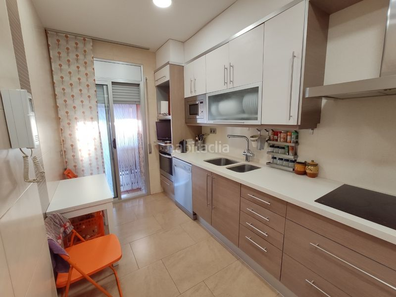 Cocina equipada. Towny house with fireplace heating parking pool in Morell (El)