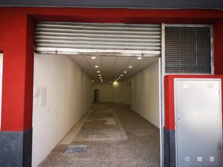 Rent Business premise in Carrer riera, 42. Zona de mucho paso en centro