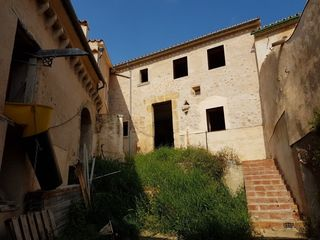Haus in Carrer major, 1. Cases de son mateu  con bodega