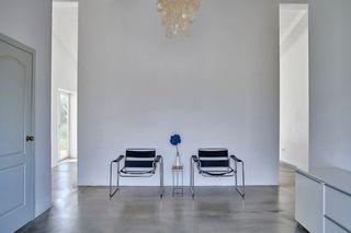 Maison  Es ravellar. White loft