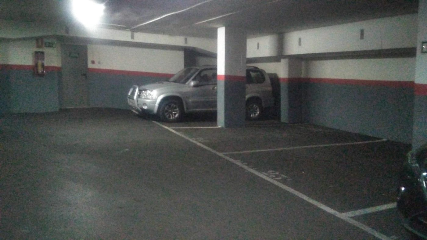 Alquiler Parking coche  Carrer ancianitat. Plaza parking facil acceso