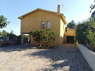 Casa in Montserrat Park. Casa en la montaña