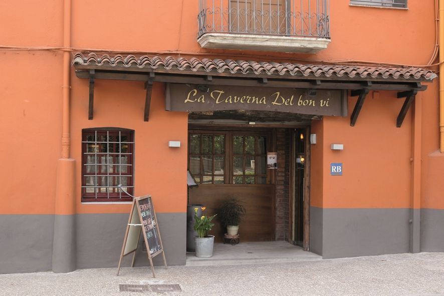 Trapasso Ristorante in Carrer pont major, 112. Restaurant estil rústic