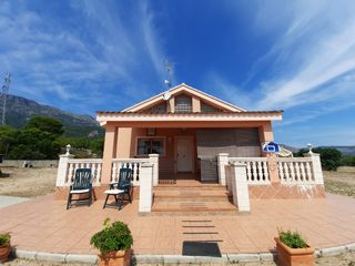 Chalet  Cocentaina. Alquiler opcion compra