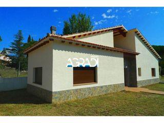 Maison dans Carrer canigó, 7. Casa en venta en santa maria de palautordera can paga