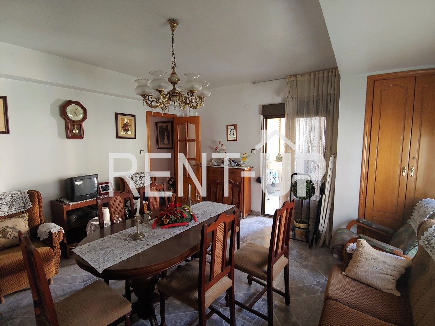 Appartement  Xativa. Grande bien situado y ascensor