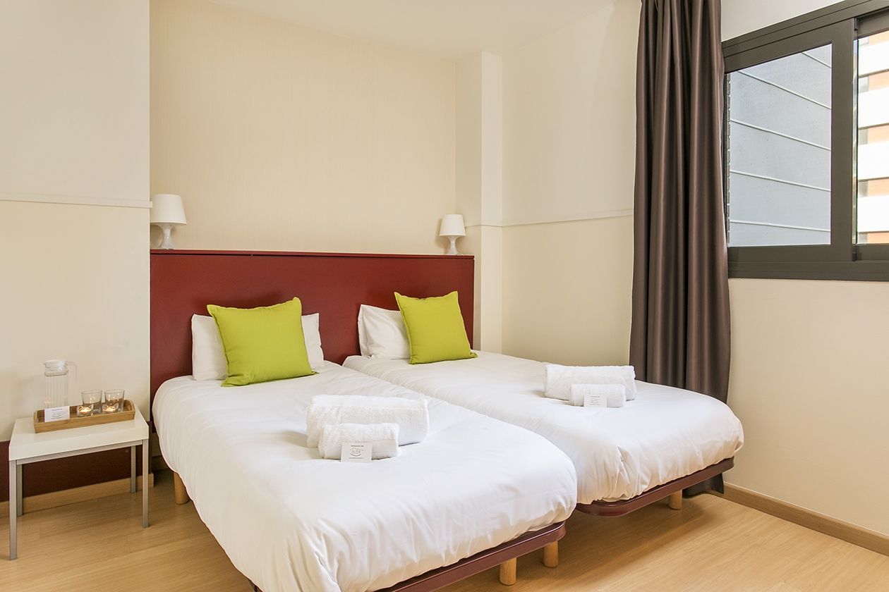 Holiday lettings Apartment  Carrer marina. Amplio y luminoso