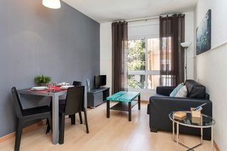 Location saisonnière Appartement  Carrer ventallo. *suministros incluidos free wifi