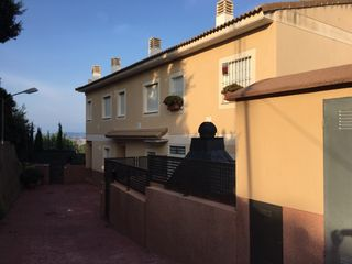 Semi detached house in CALLE ROGER DE LAURIA