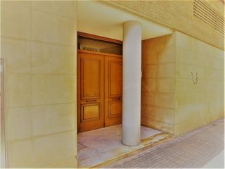 Towny house in Carrer doctor marti i julia, 80. - urge -