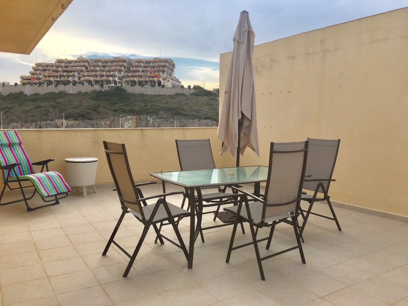 Apartment in Calle Azahar, 2