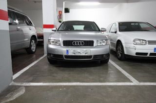 Parking coche  Carrer cardenal reig. Plaza de parking doble