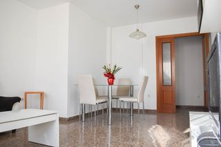 Flat in Calle Palancia, 4