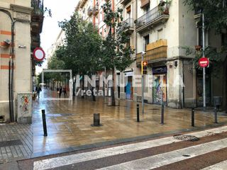 Local con inquilinos en Poble Sec. Rentabilidad - excelente oportunidad - poble sec
