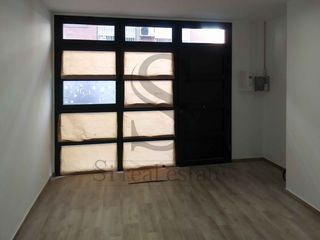 Rent Studio  Carrer estudiant (l´). Estudio en alquiler