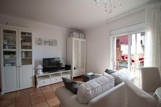 Miete Appartement  Carrer bruguera. Con parking