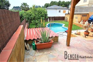 Location Maison  Montemar. Casa en alquler independiente en