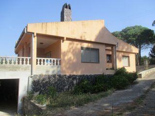 House  Urbanización sils. Bonita casa en sils