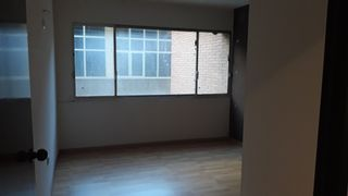 Office space in Carrer sabino arana, 10. Oficina en les corts