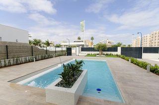 Chalet en Playa Honda-Playa Paraíso. Villa de lujo, playa honda del mar menor, cartagena. (modelo sil