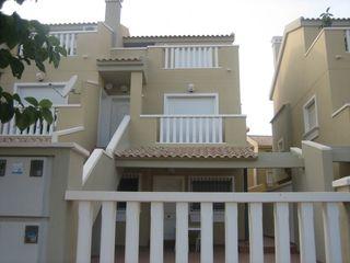 Casa en Los Narejos_Punta Calera. Gran oportunidad en los narejos adosado en primera planta.