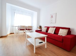 Holiday lettings Apartment  Carrer alos. Amplio y reformado