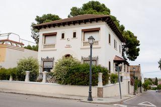 Casa  Avenida blasco ibañez. A 10 mts.centro valencia
