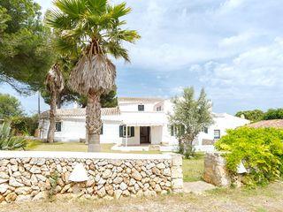Maison  Biniparrell. Finca de diseño mediterráneo