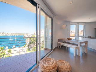Appartement  Carrer cala corb. Moderno y con vistas al puerto