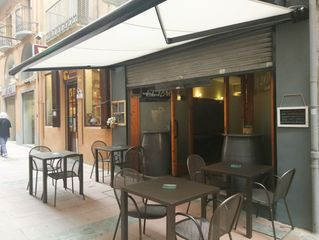Bar  Carrer pare coli. Local comercial a ple rendiment