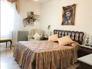 Apartment  Carrer flors. Casa en venda sant pere