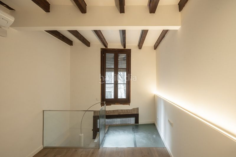 Habitación doble dúplex piso 1-1. Appartement 62m<sup>2</sup> in carrer de l´argenteria in St. Pere - Sta. Caterina - El Born Barcelona