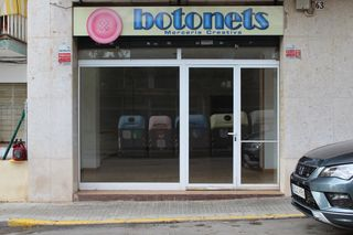 Lloguer Local Comercial  Carrer via octaviana (de la). Local comercial en alquiler
