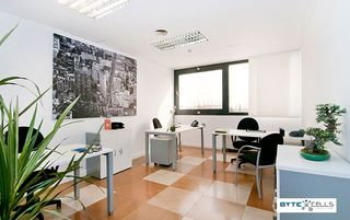 Büro in Carrer Acer (l´), 30