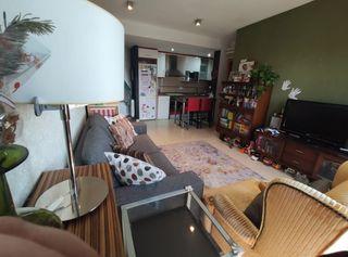 Flat  Próximo a todos los servicios!!. Piso seminuevo dos habitaciones!