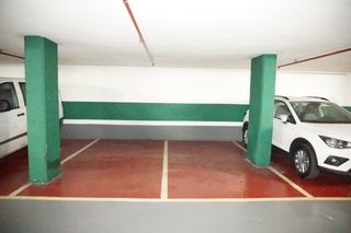 Parking coche en Carrer Napols, 116