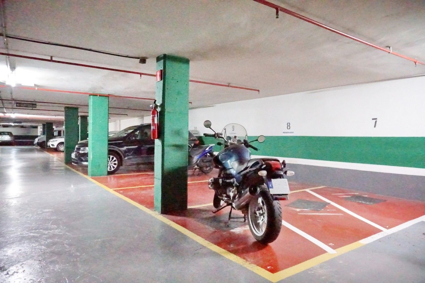 Parking moto en Carrer Napols, 116