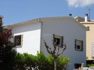 Casa  Carrer major. Re/max centre