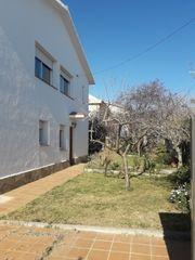 Maison dans Centro. Bonita casa  con piscina.