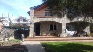 Maison dans Palau-solità i Plegamans. Espectacular casa!!