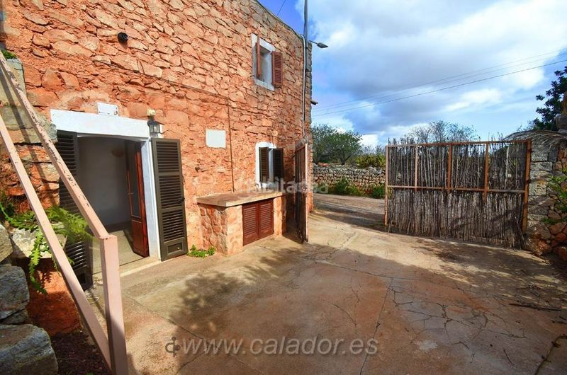 patio_entrada. Rural plot in Felanitx