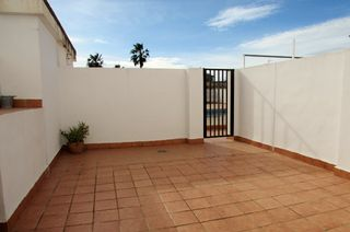 Appartement  Avenida sant vicent ferrer. Grandes dimensiones