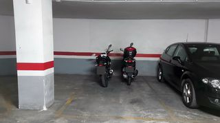 Parking coche en Calle fontanares, 24