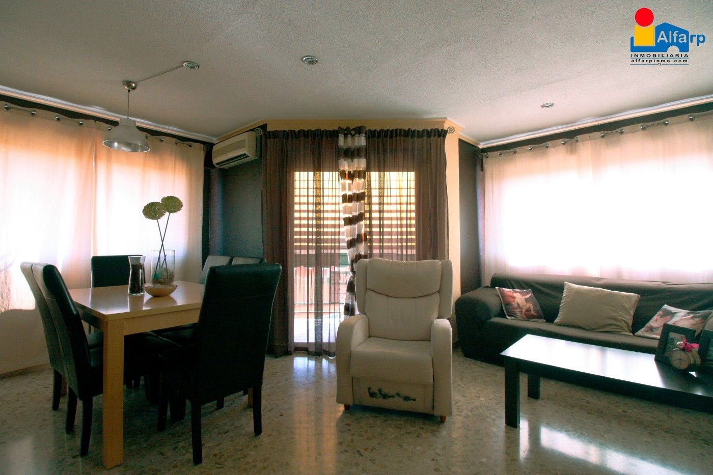 Appartement  Calle magallanes. Piso venta en alginet
