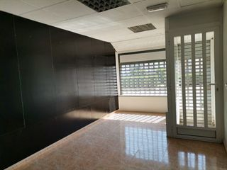 Location Local commercial  Zona la llum. Alquiler local/oficina carlet