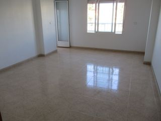 Apartment  Calle azorin. Piso en perfecto estado