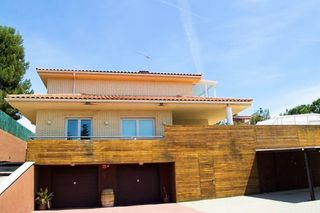 Chalet in Castellvell del Camp. Chalet individual en castellvell - urb. castellmoster.