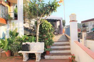 Casa Carrer Suredes (les). Casa a 4 vientos en pleno centro