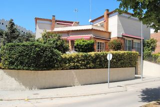 House  Carrer alcalde fors. Casa pareada cerca del mar